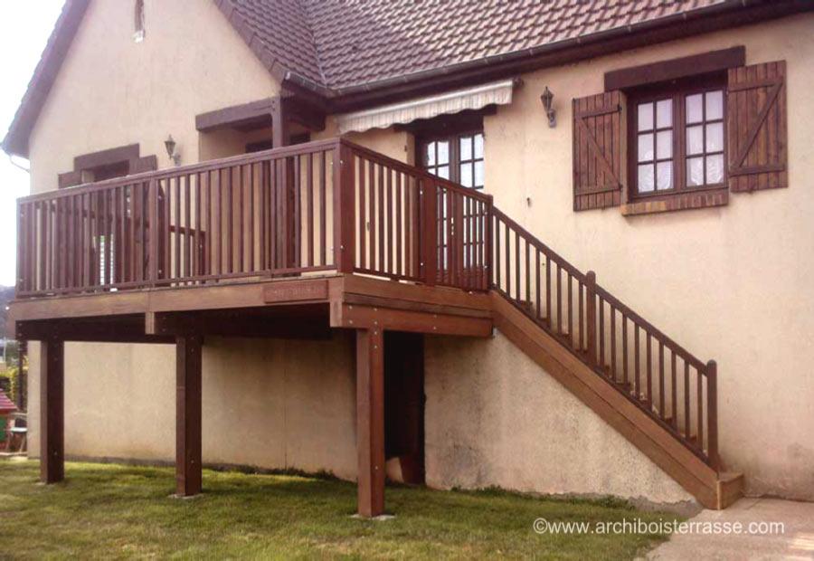 terrasse balcon bois en hauteur pour maison sur lev e 76. Black Bedroom Furniture Sets. Home Design Ideas