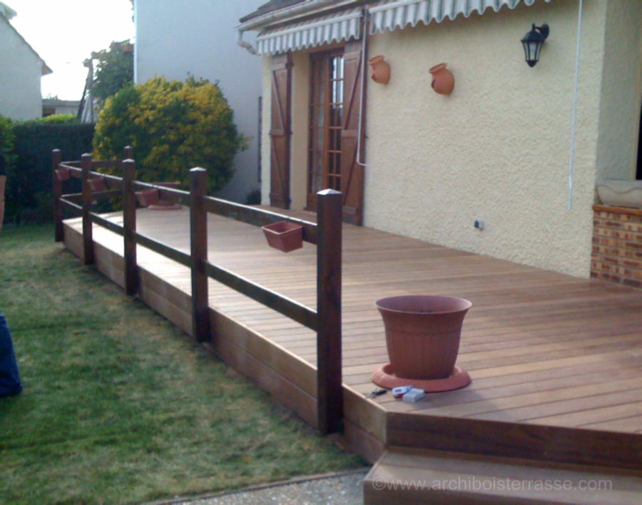 Garde corps rambarde balustrade barri re d 39 ext rieur en for Barriere en bois exterieur