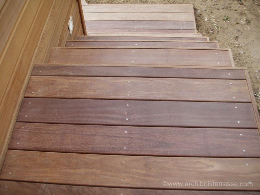 marche exterieur bois top marche de en placage de chne with marche exterieur bois excellent. Black Bedroom Furniture Sets. Home Design Ideas