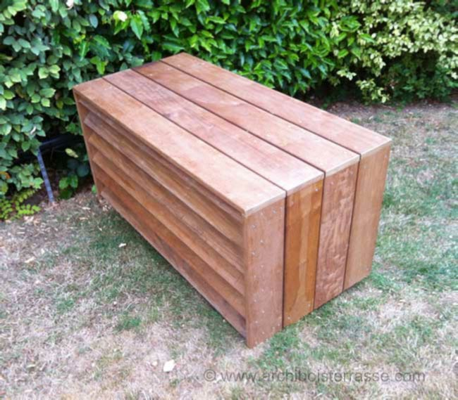 cache et habillage pompe chaleur et climatiseur en bois. Black Bedroom Furniture Sets. Home Design Ideas
