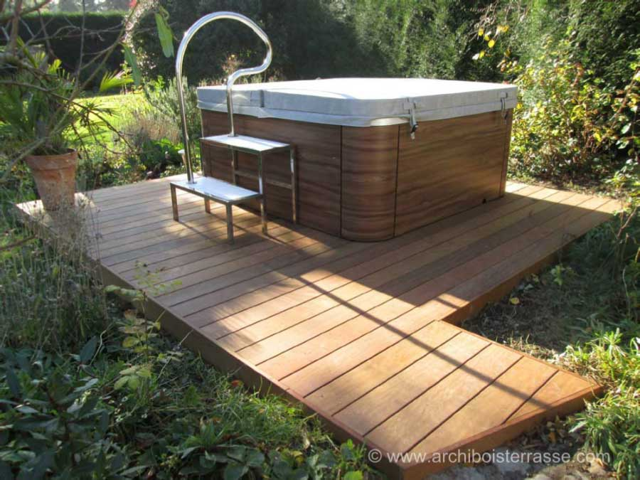 best piscine jacuzzi jardin contemporary. Black Bedroom Furniture Sets. Home Design Ideas