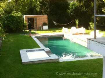 Pool house abri cabane pavillon de jardin et plage deck for Accessoire piscine yvelines