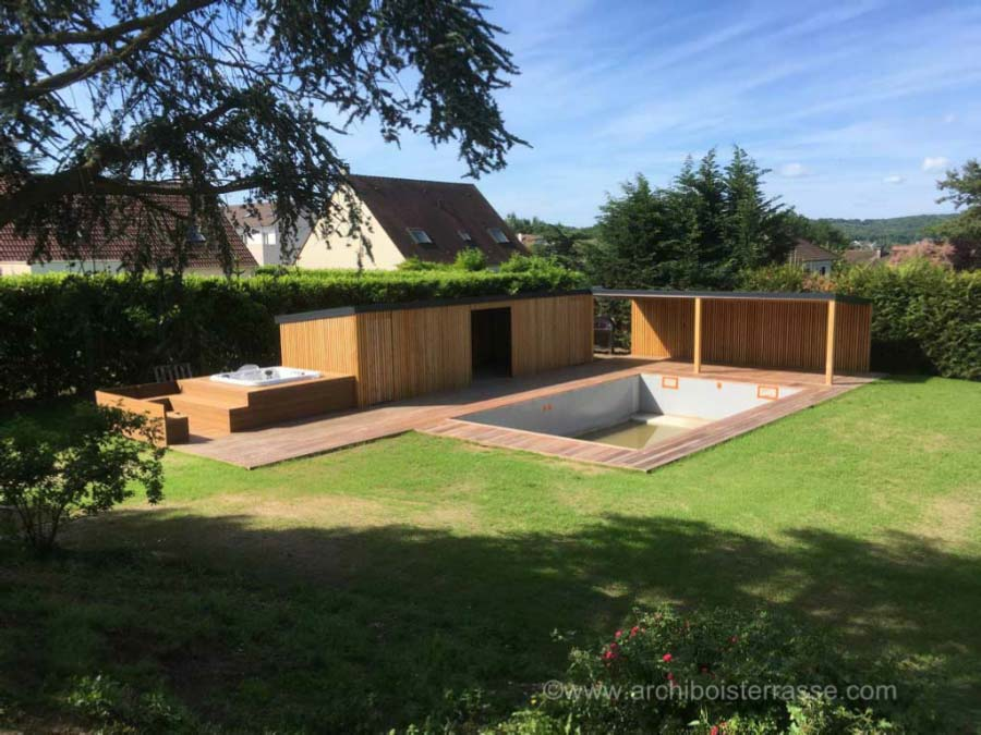 Pool house abri cabane pavillon de jardin et plage deck for Construction pool house piscine