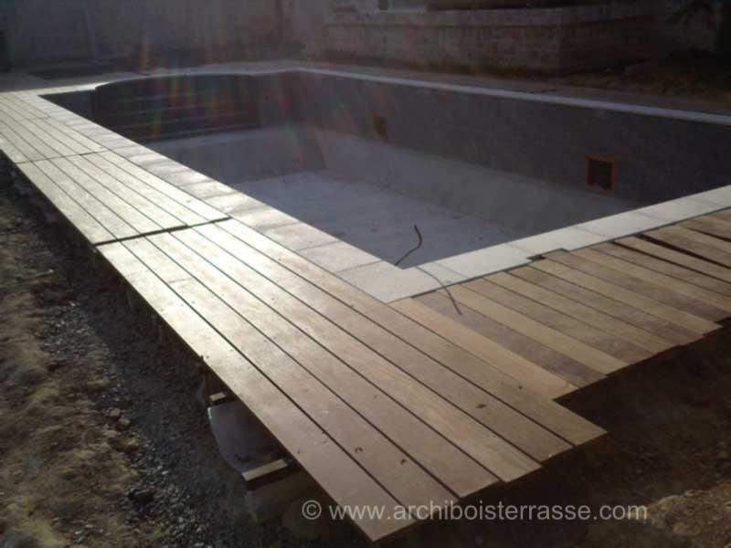 Montage et pose terrasse et am nagements bois de piscine for Montage piscine en bois