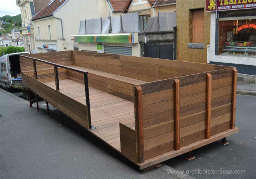 terrasse bois de restaurant vernon et terrasse de rue en. Black Bedroom Furniture Sets. Home Design Ideas