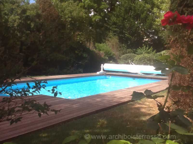 Piscines et entourages en bois eure yvelines hauts de seine for Construction piscine yvelines