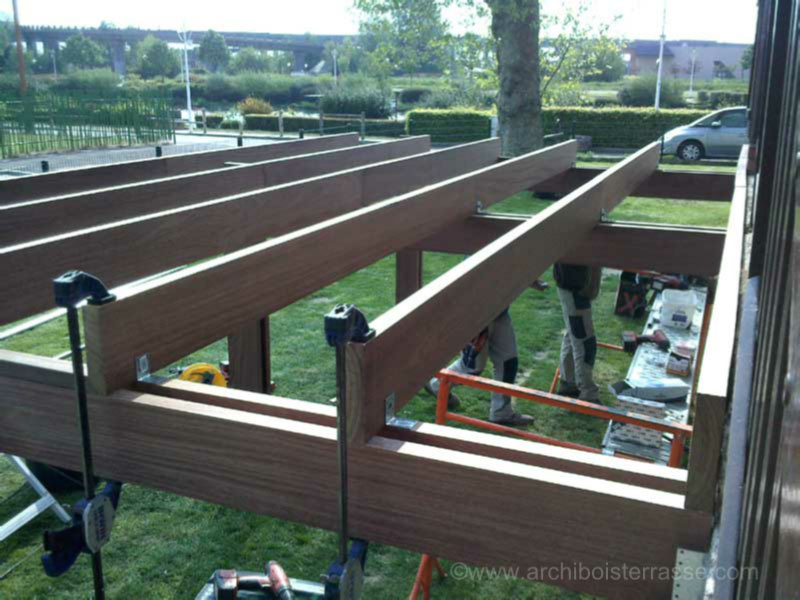 ... Photo Terrasse Pilotis En Cours De Montage Terrasse Pilotis En  Construction ...