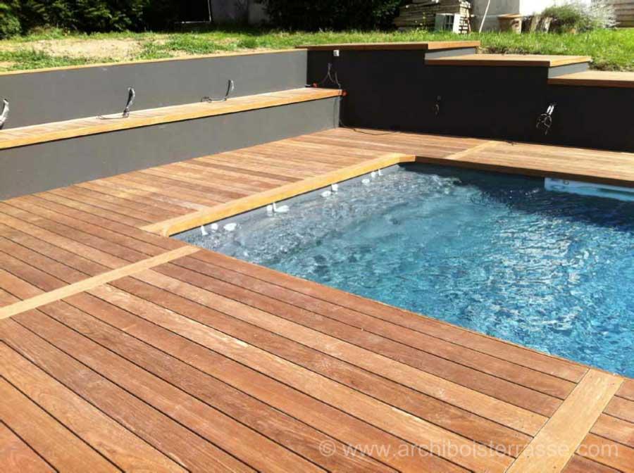 terrasse de piscine en paliers - design moderne et contemporain